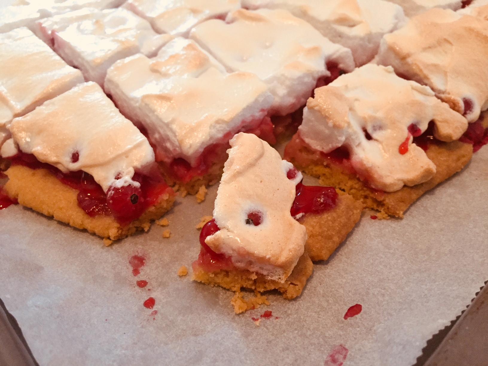 Roter Ribiselkuchen